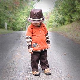 Kisfiúk őszi öltöztetése