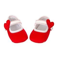Szíves cipők lányoknak