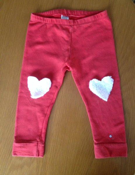 Varrni nem tudó vagy nem akaró Anyukák számára egy praktikus termék: textilragasztó